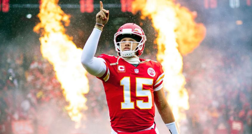 Patrick Mahomes Asks State Farm If He Can Insure Playoffs The Second String